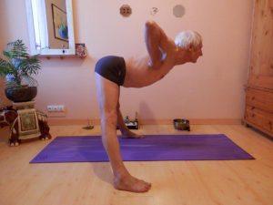 trikonasana  yoga equilibre harmonie